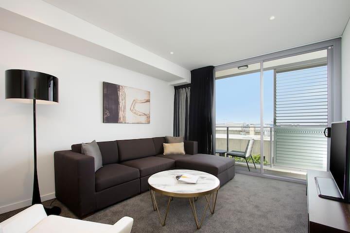 Silkari Suites at Chatswood Balcony Studio