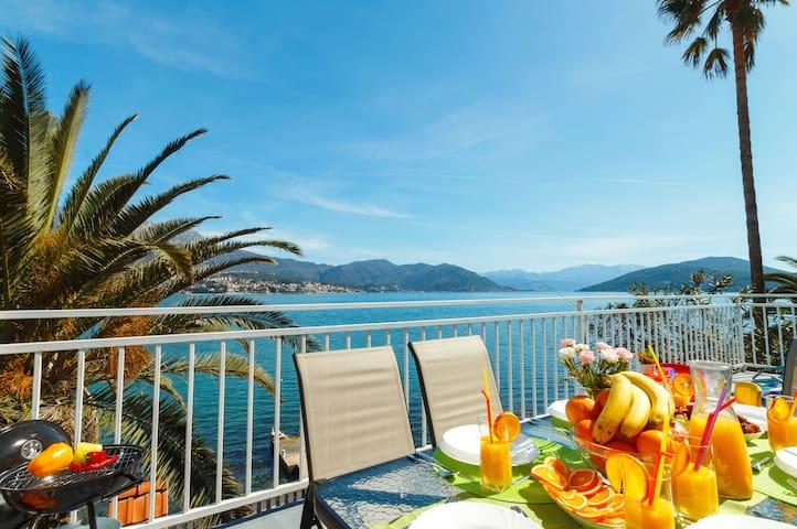 Waterfront House : Big Terrace & Stunning Seaviews