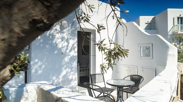 ZOIS APPARTMENT - MYKONOS