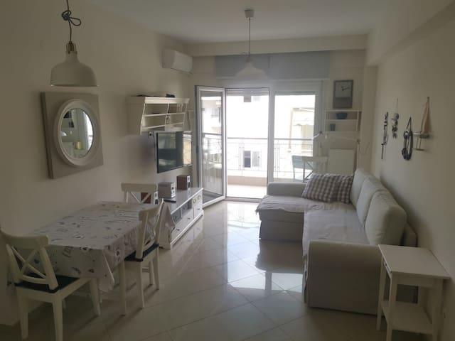 Nei Epivates, apartment Oliva, 100m from the sea