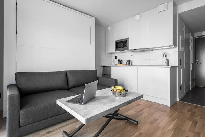 All in one Studio close to Sthlm w. Free parking