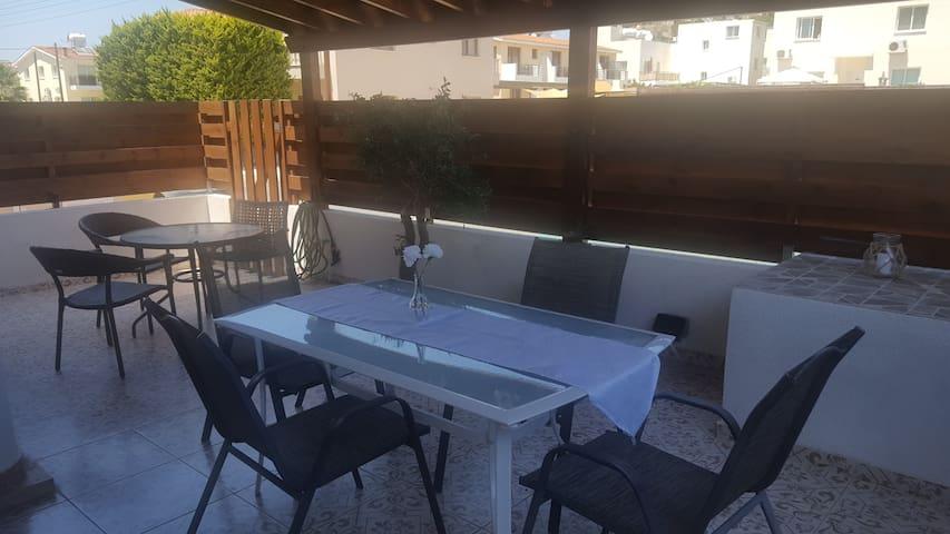 Ground floor apartment in Paphos!