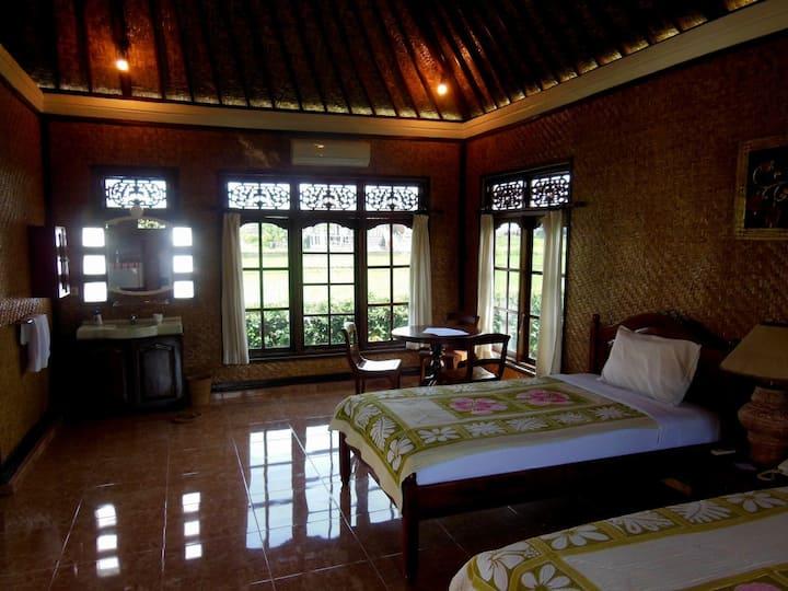 Tropical Garden Room1 with AirCon
