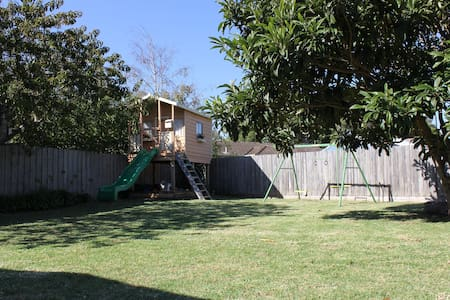 Beach hideaway with room to play - Point Lonsdale - Ev