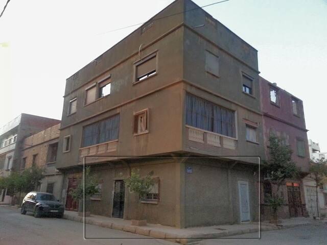 Appartement F3 au Rez-de-Chaussé dans une Maison