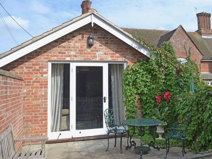 Bluebell Cottage (30240)