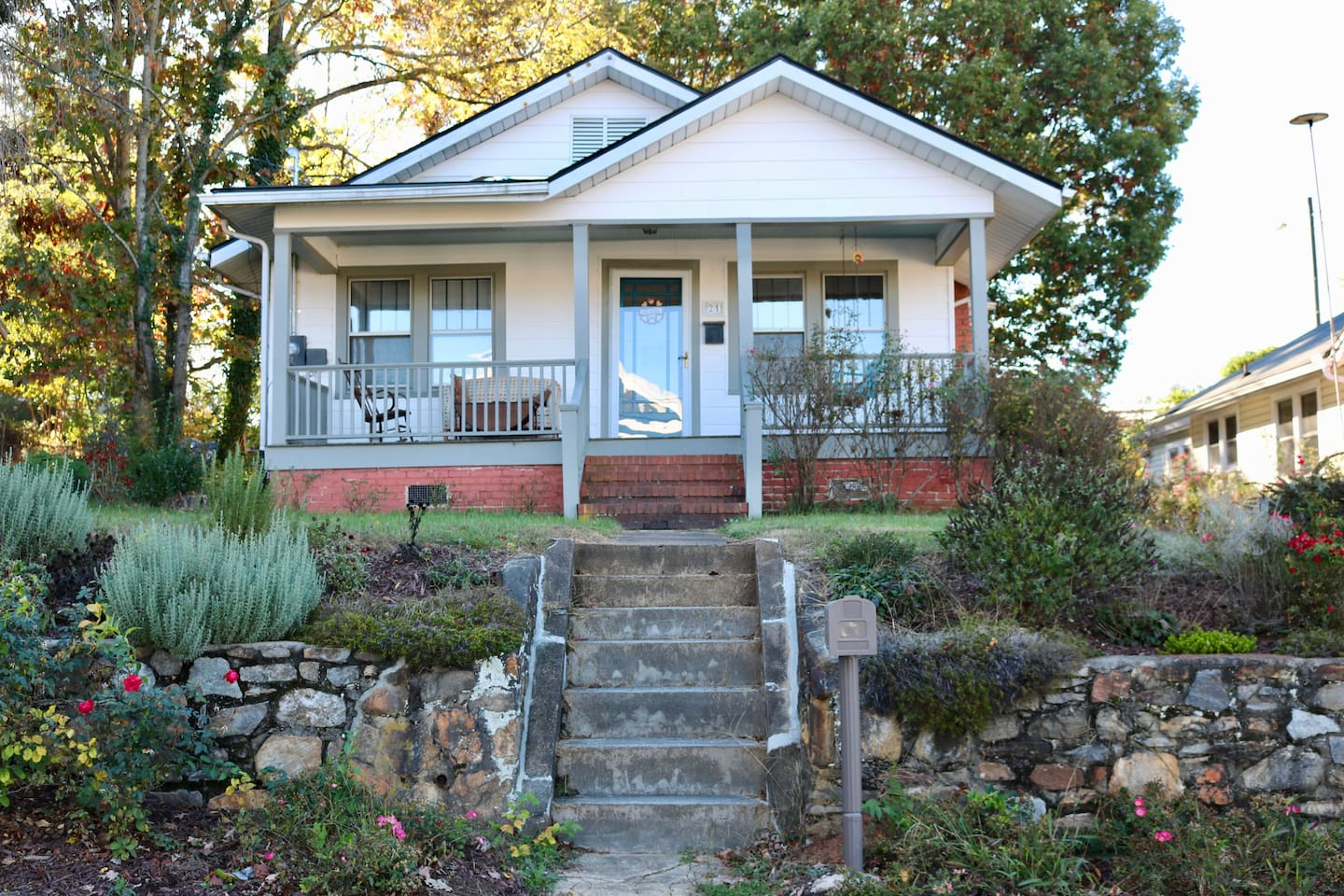 Outstanding West Asheville bungalow one block away from Haywood Rd (including Sunny Point, Standard Pizza, Oyster Brew House, Itto Ramon and Ingles Grocery Store).