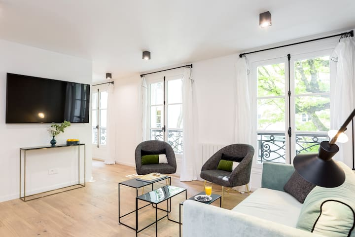 New apartment just next to the Champs Elysees