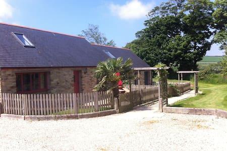 Chynhale Barns Dog Friendly Cottage nr Perranporth