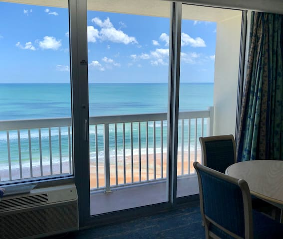Private Balcony, OCEANFRONT, 2 Queens, Secure Park