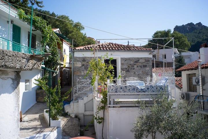 Feggari mansion / Private House