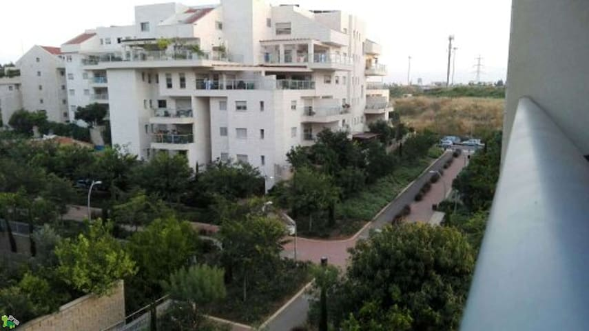 Spacious Garden Apartment Kfar Saba - Kefar Sava - Apartament