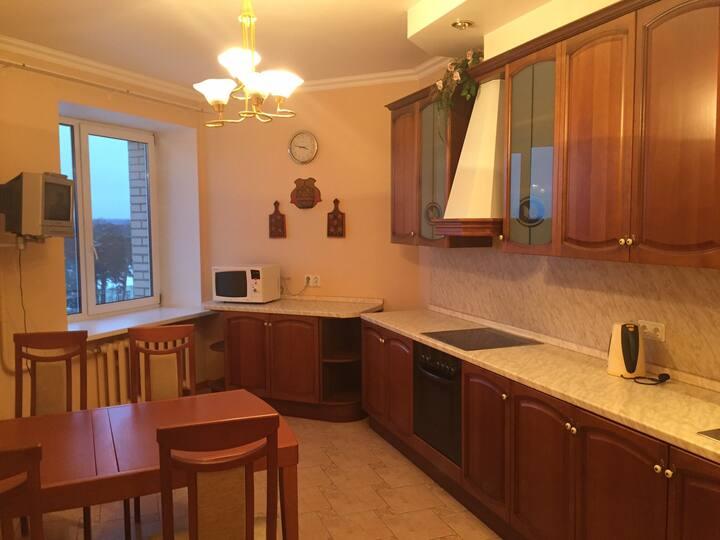 Комфортная,видовая квартира,в классическом стиле.