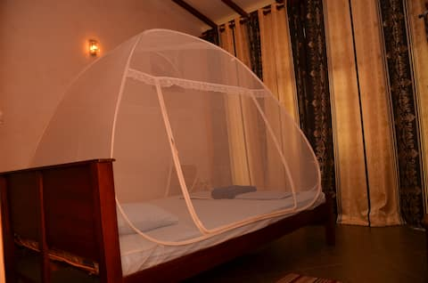 Lilly Palace - Double Room with Private Balcony