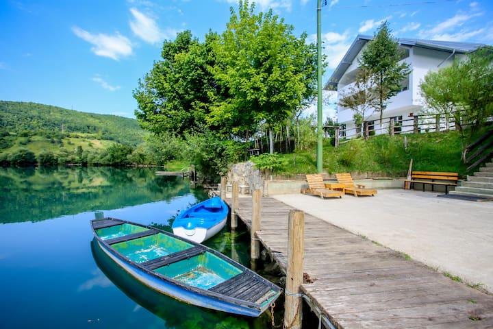 Villa River Una 6