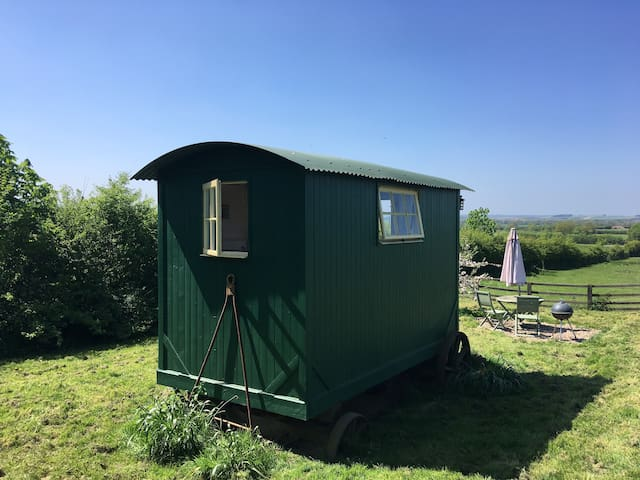 Vintage Shepherds Hut, Priors Hardwick,  Southam
