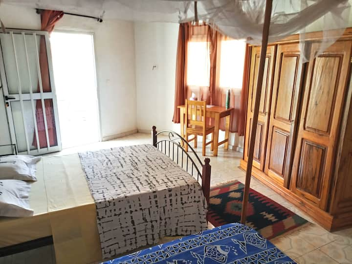 Chambre Privée 4 Villa Rosatha Pieds dans l'eau