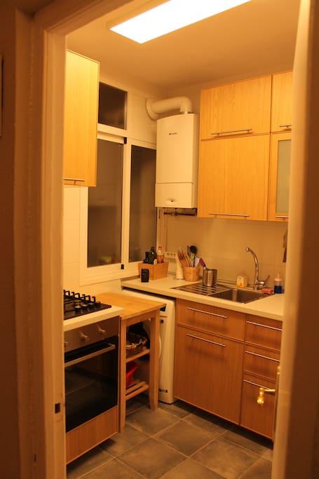 Recently renovated kitchen - Cocina recientemente renovada