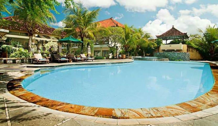 Cozy Room with Breakfast Near Sanur Beach - Denpasar Selatan - Bed & Breakfast