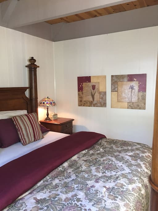 Beautifully appointed with high end decor and Tiffany style bedside lamps.