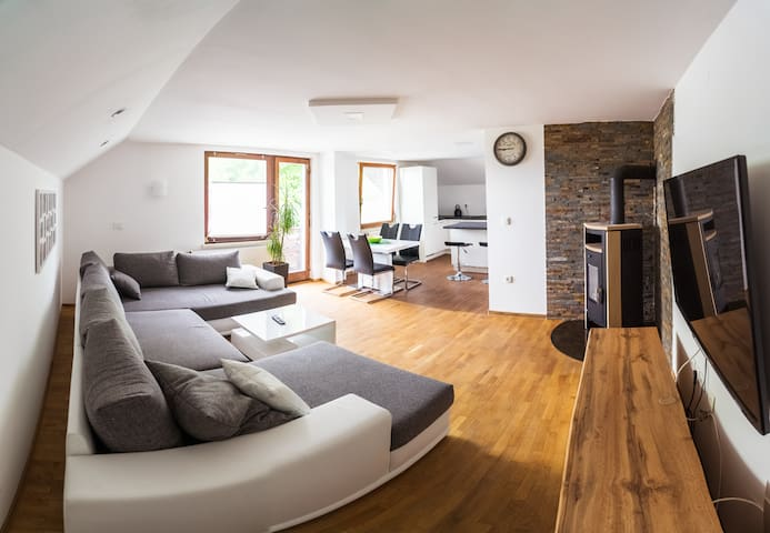 Cozy apartment whith beautiful surroundings