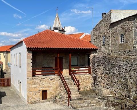 Casa de Sampaio   Castelo Mendo