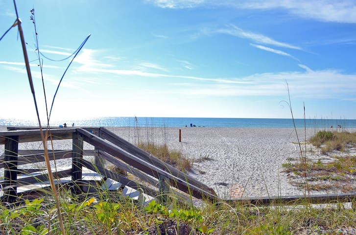 Cancel at Anytime!. Updated and within walking distance to uncrowded beach