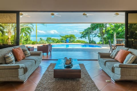 Villa Paraiso (Beautiful Ocean View) Costa Rica