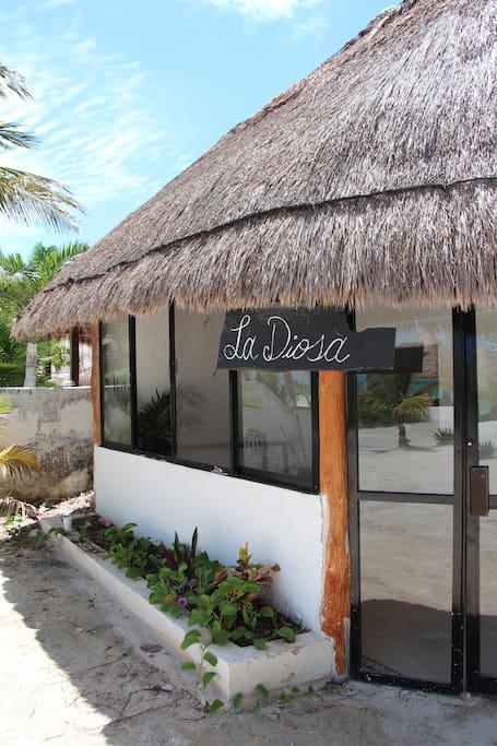 """The entrance to """"La Diosa"""""""