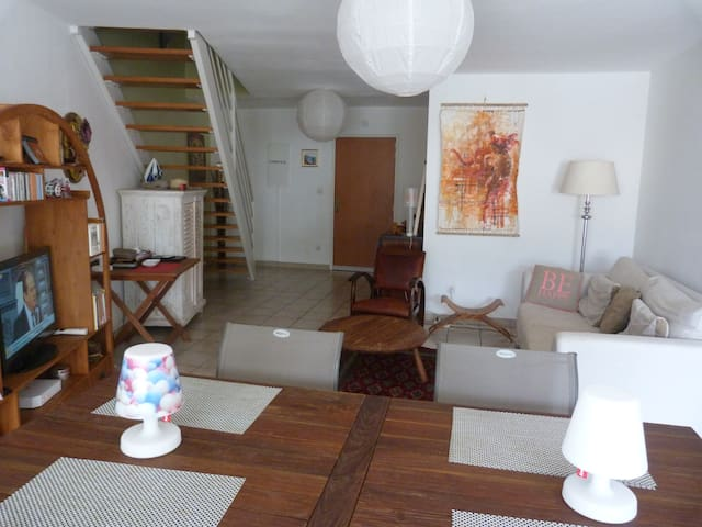 Appartement  Duplex  type F4 : 84m2 - Saint-Denis