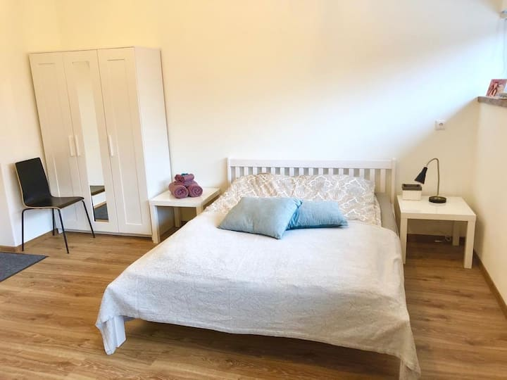 314 Unique, quiet and cozy studio near city center