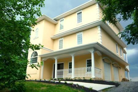 Luxury on the Potomac-1+ hour to Washington, DC - Montross - Villa