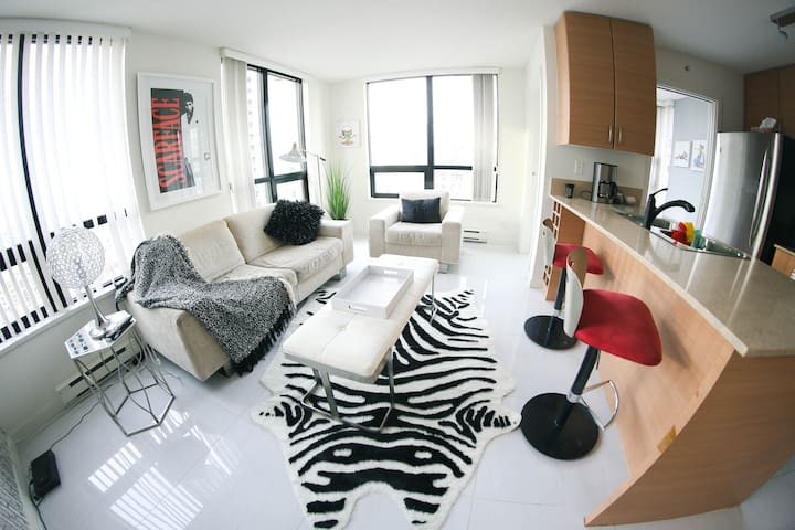 Beautiful apartment in the heart of yaletown.