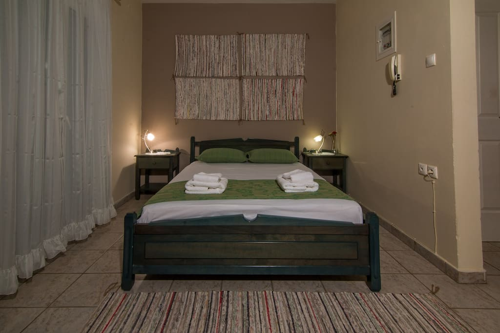 Studio - double bed
