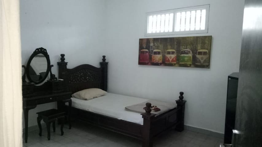 Budget Room in North Denpasar