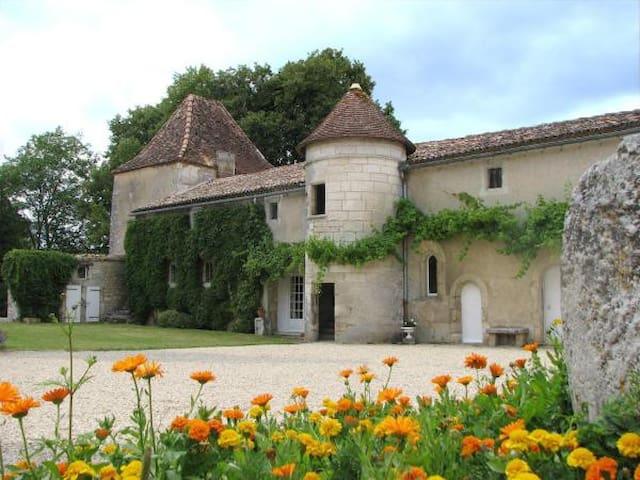 Pavillon de charme au château