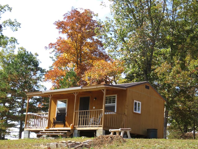 Small Basic Cabin Near Off Road Park; Great Rates! - East Bernstadt - Kabin