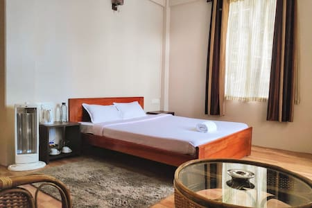 Breeze Vale Homestay 4 (Semi Deluxe Rooms)