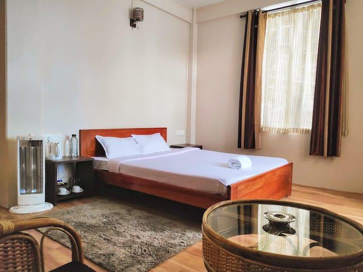 Breeze Vale Homestay 4 (Semi Deluxe Rooms)