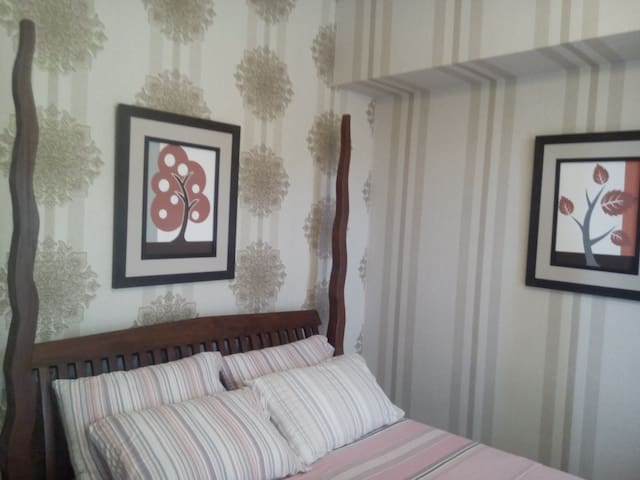 2-BR Seaside Unit w/ FREE BOAT RIDE - Nasugbu - Appartement