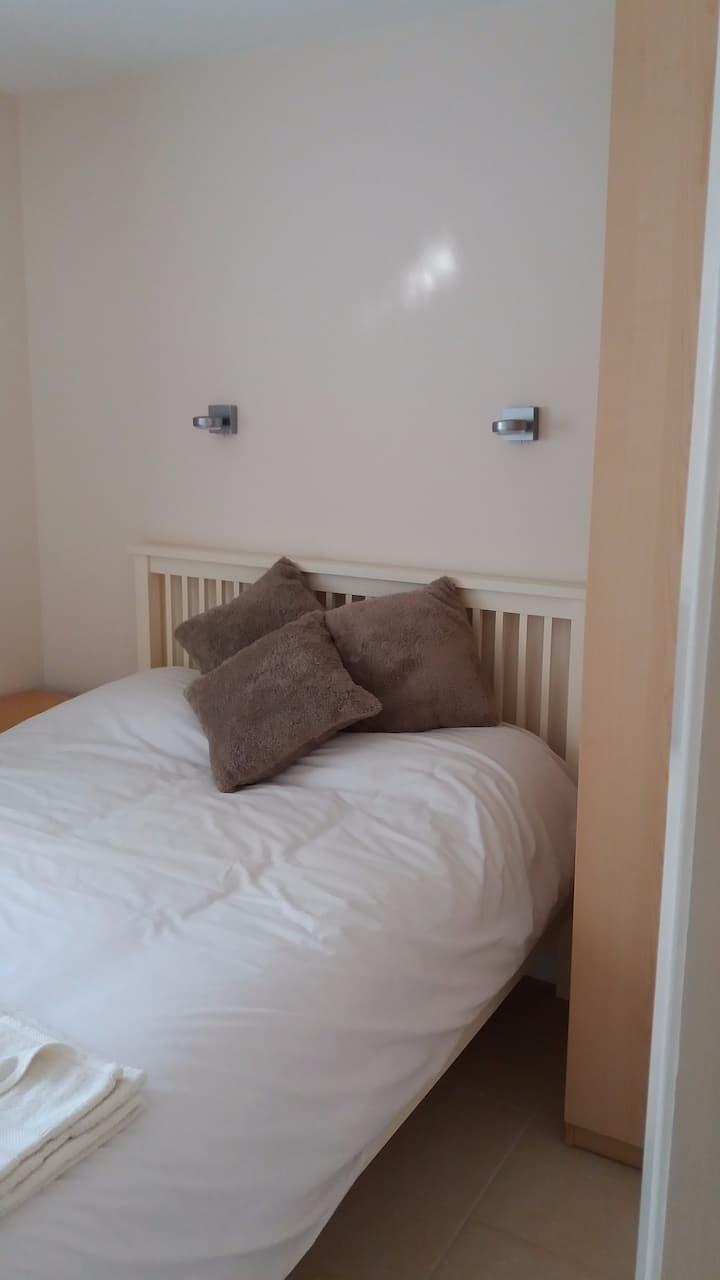 Double bedroom on the edge of the Peak District