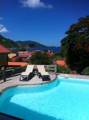 Charmante chambre terrasse vue mer & piscine - Terre de haut  - House