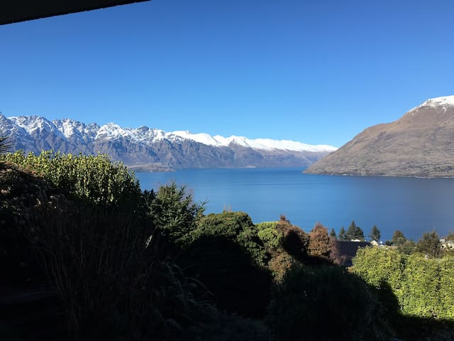 Self contained apartment with magnificent views - Queenstown - Daire
