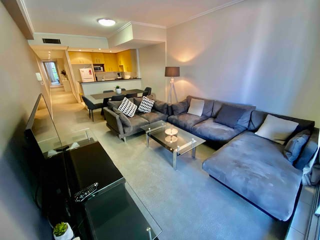 2 BED WITH FREE PARKING IN CBD 2