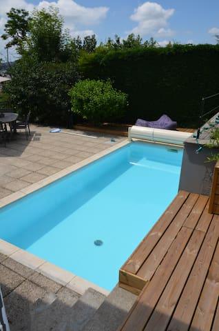 appartement avec piscine et jardin - Saint-Étienne - Apartmen