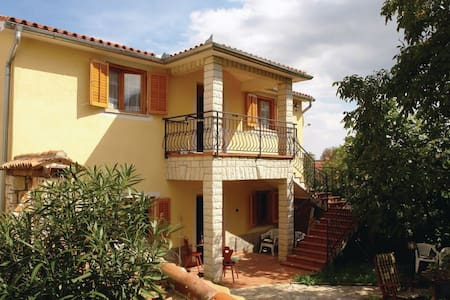 1 Bedroom Home in  #1 - Nedescina