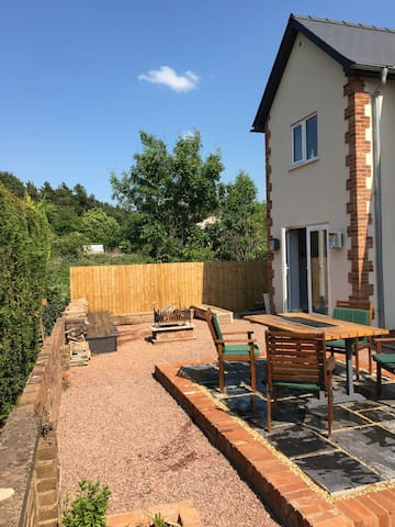New cottage surrounded by the Forest of Dean