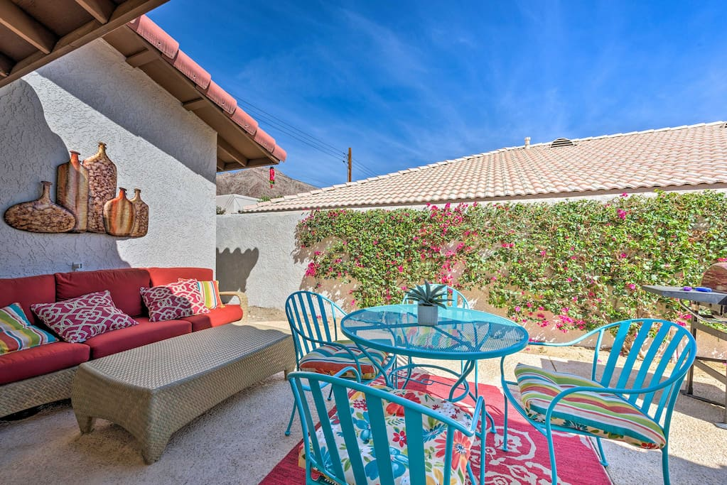 Enjoy an outdoor oasis right in the vibrant backyard!
