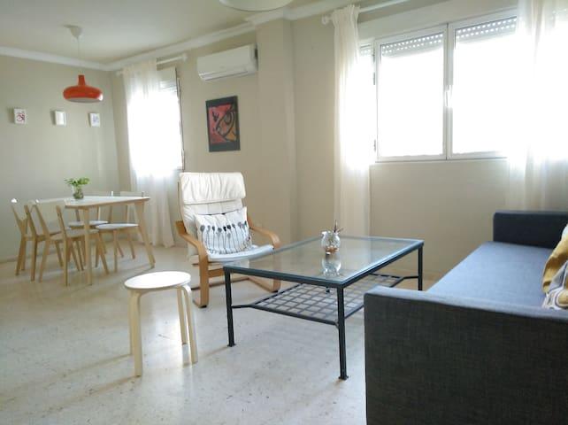 Céntrico apartamento en Sevilla.2~6p. VFT/SE/03983