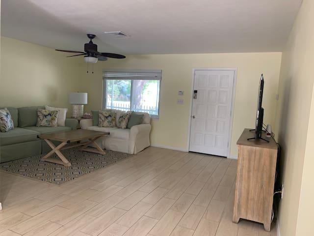 Sarasota Vacation Getaway Home